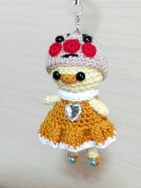 ○○マン帽子フリルワンピース☆ひよちゃんあみぐるみストラップ_2