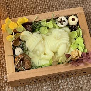 🌱うさぎの帽子眠る💤赤ちゃんBOX&小花リース型アロマワックスサシェ🌱〜ギフトセット〜_2