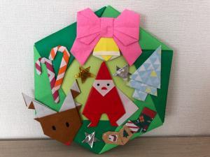 ハンドメイド 折り紙 クリスマスリース 壁面飾り_1