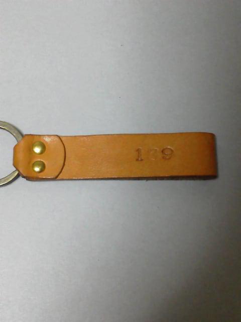 新品/ ハンドメイド 189 名入り 革のキーホルダー !_3