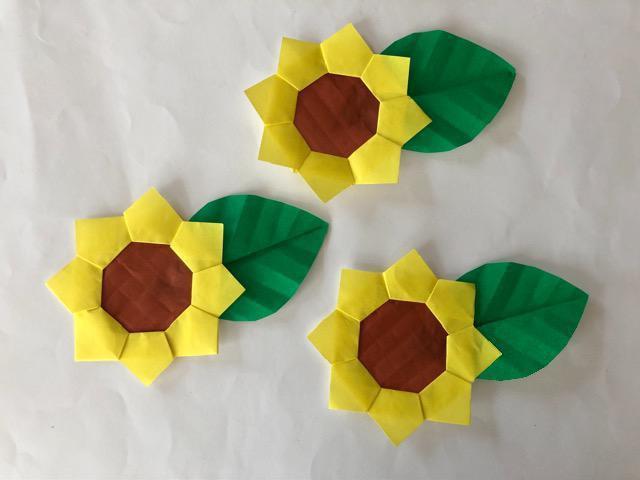 ハンドメイド 折り紙 ひまわり 3枚 壁面飾り_1