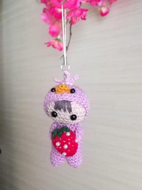 ひよ着ぐるみ☆いちご大好きベビーちゃん編みぐるみ(紫)_2