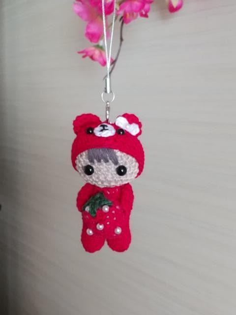 くま着ぐるみ☆いちご大好きベビーちゃん編みぐるみ(赤)_2