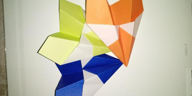 いろいろな種類の紙飛行機_2