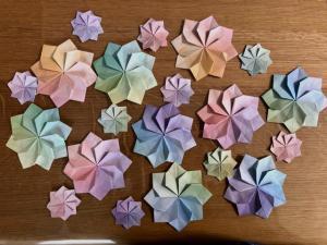 ハンドメイド 折り紙 花 20枚 壁面飾り 幼稚園 施設_1