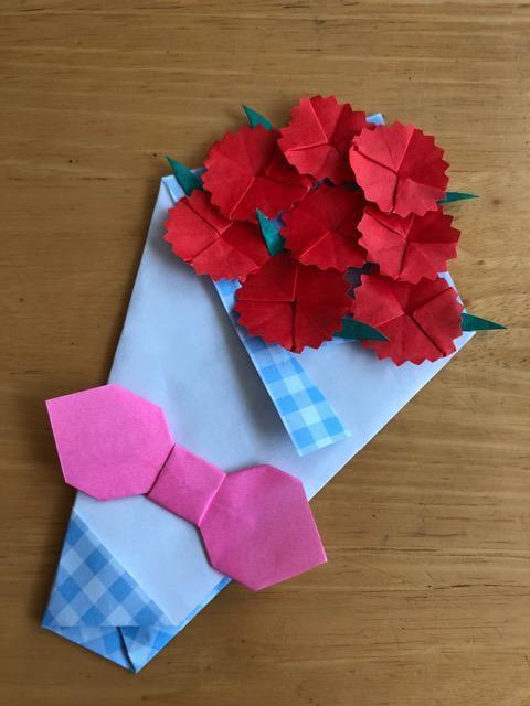 ハンドメイド 折り紙 カーネーション花束2 壁面飾り _1